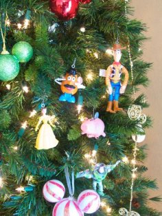 happy_meal_ornaments