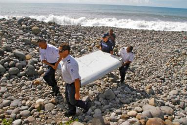 Malaysia Missing Plane Debris Clues